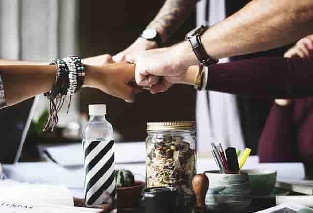 6 bisnis yang diprediksi bakal hits di tahun 2020 ini kamu bisa menjadikan bisnis tersebut sebagai usaha sampingan atau usaha utama. Semoga bermanfaa